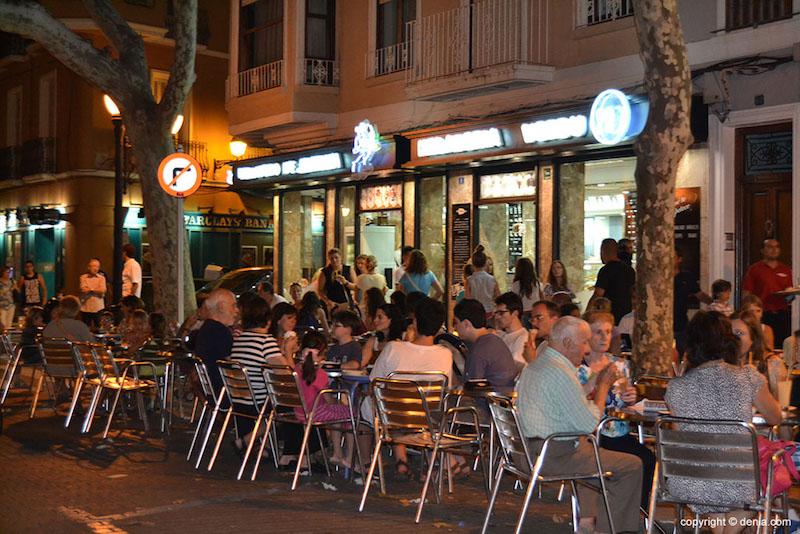Terraza de la heladería Verdú en Dénia. Fuente Denia.com