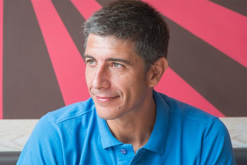 Fermín, un comunicador deportivo de lujo en la tertulia del café