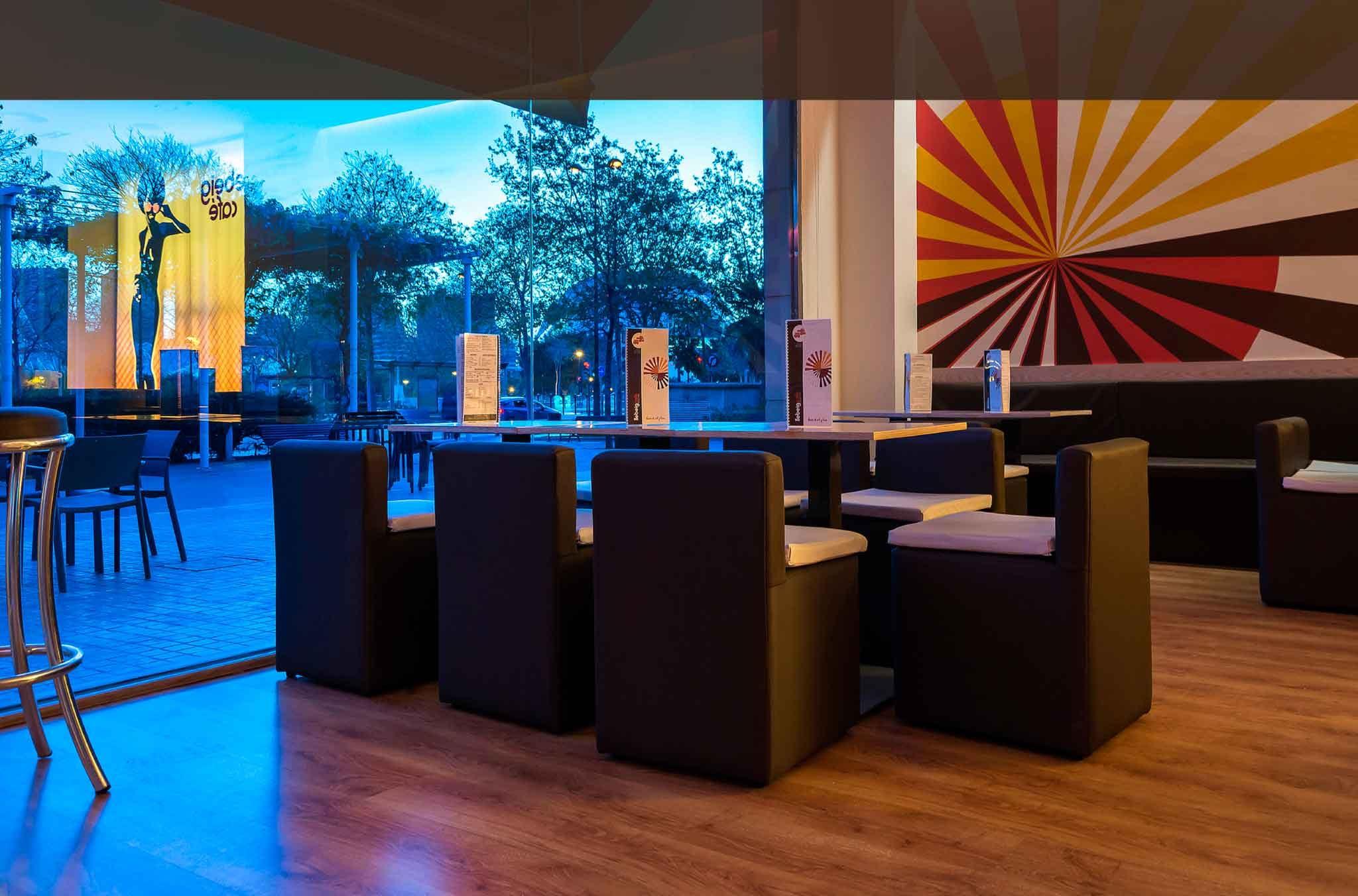 Llebeig Café bares con terraza en la Alameda de Valencia