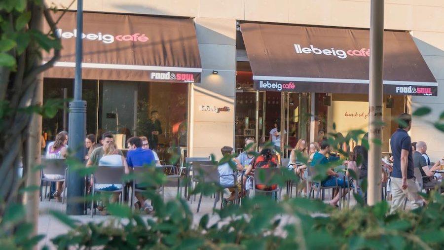 Ahora sí, reserva tu mesa en nuestras terrazas de la Alameda